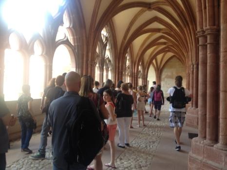 Cathédrale St Dié - le cloître - public